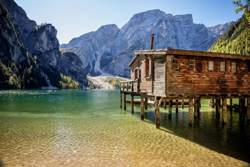 Lago Braies, dolomites, Trentino Alto Adige, Itália imagens de stock royalty free