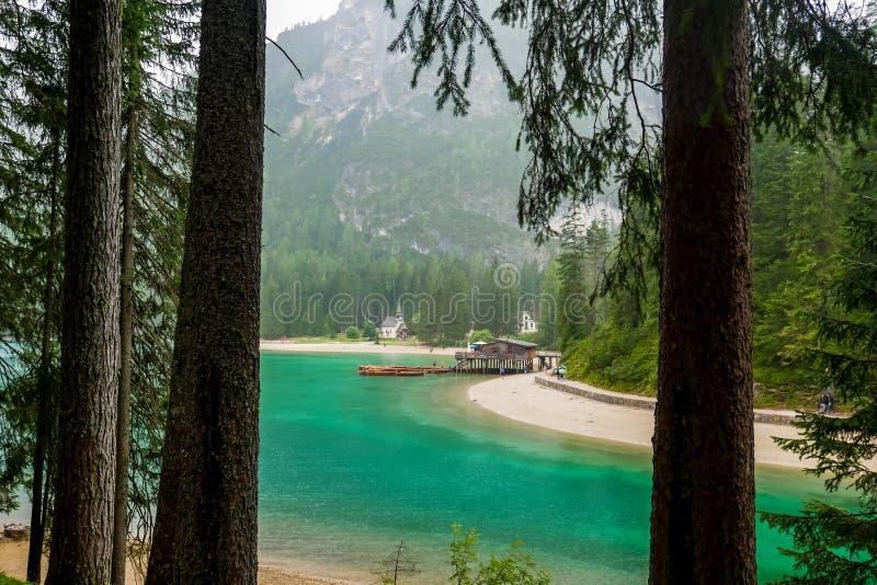Lago Braies fotografía de archivo libre de regalías