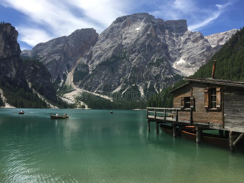 Lago Braies no dtirol do ¼ de SÃ imagens de stock