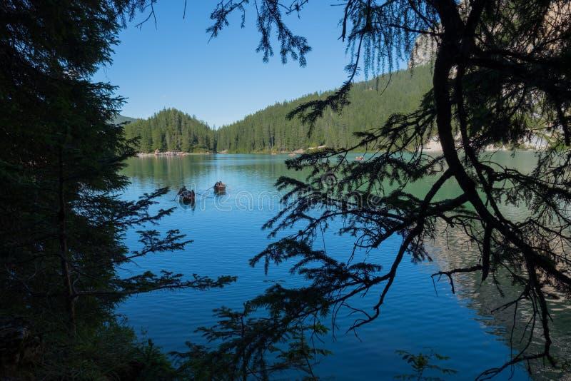 Lago Braies Val Pusteria fotos de stock