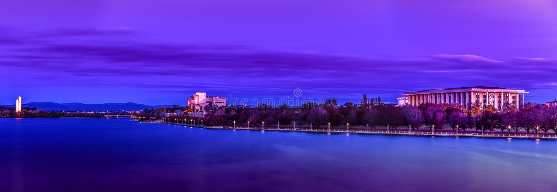 Lago Burley Griffin National Library canberra fotografia stock libera da diritti