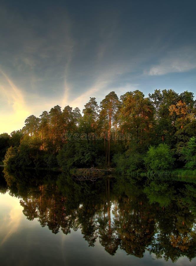 Lago calmo immagine stock