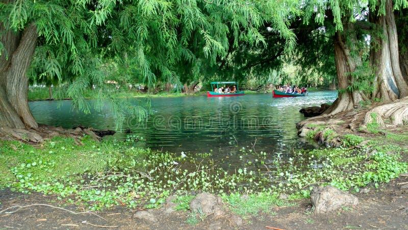 Lago Camecuaro fotografía de archivo libre de regalías