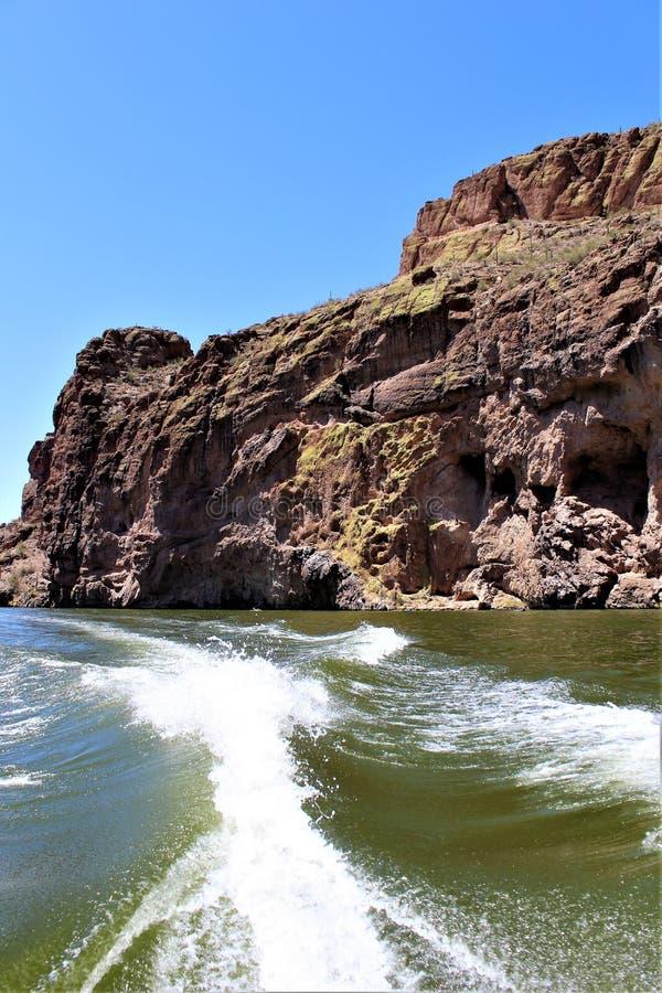 Lago canyon, la contea di Maricopa, Arizona, Stati Uniti fotografia stock