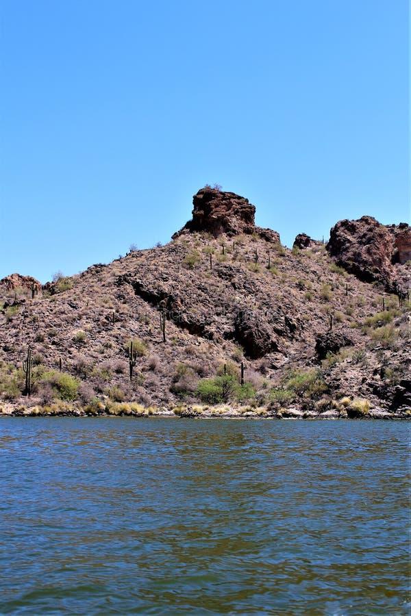Lago canyon, Maricopa County, o Arizona, Estados Unidos fotos de stock