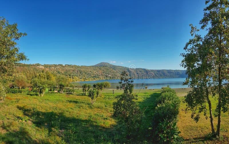 Lago Castelgandolfo imagen de archivo libre de regalías