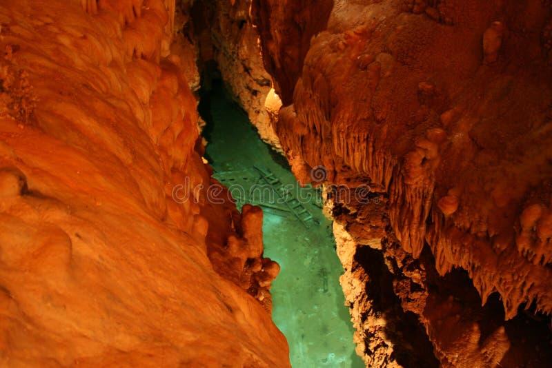 Lago cave foto de stock royalty free