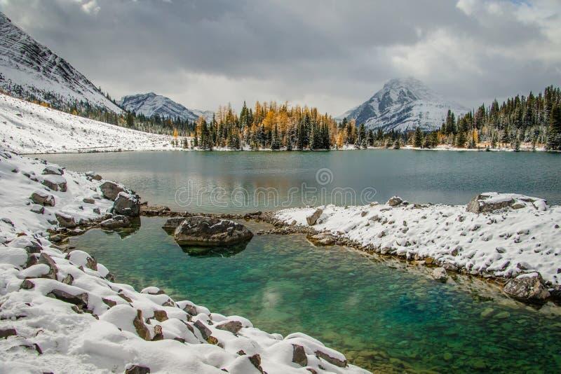Lago chester nel parco provinciale di Mout Laugheet, Canada immagine stock