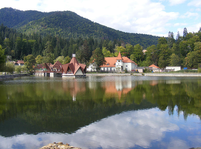 Lago Ciucas in Tusnad, Harghita, Romania fotografie stock