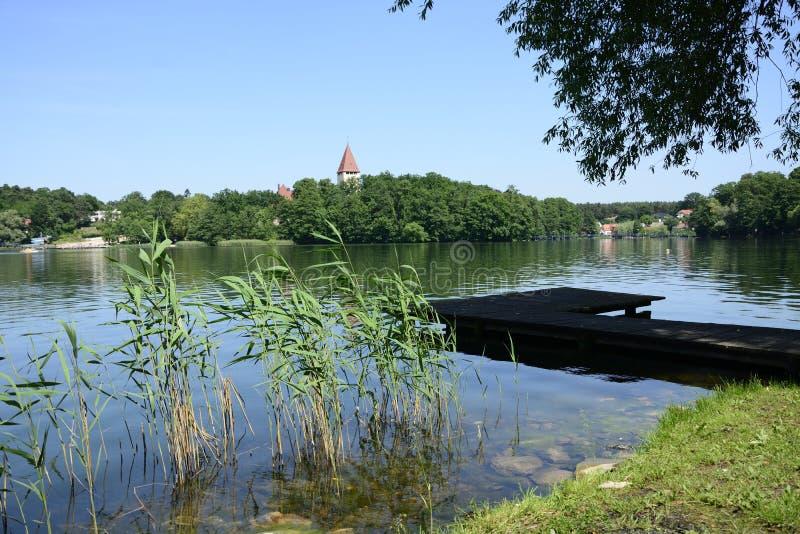 Download Lago, Ciudad Y Alrededores - Lubniewice Foto de archivo - Imagen de walking, agua: 44851842