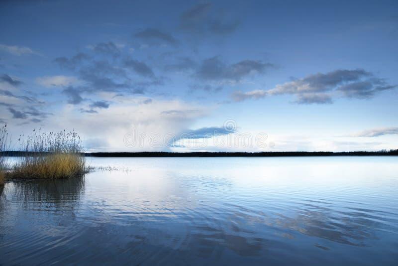 Lago com lingüetas imagens de stock royalty free