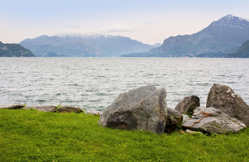 Download Lago Como imagem de stock. Imagem de pico, paisagem, italy - 12813937