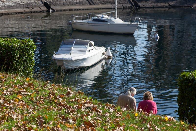 LAGO COMO, ITALY/EUROPE - 29 OTTOBRE: Lago Como a Lecco nell'AIS fotografia stock