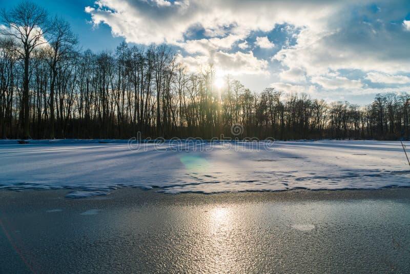 Lago congelado imagen de archivo