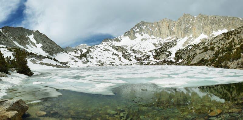 Lago congelado ruby, Califórnia fotos de stock royalty free