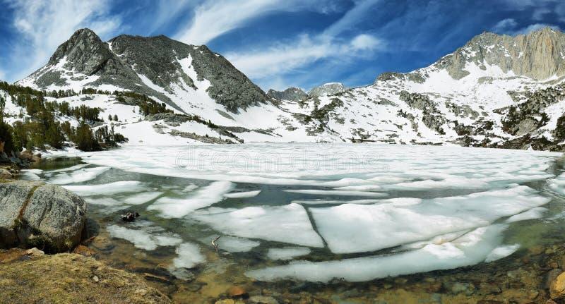 Lago congelado ruby, Califórnia imagem de stock royalty free