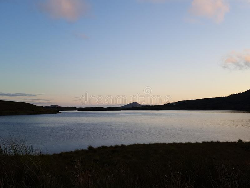 Lago Connemara na noite foto de stock
