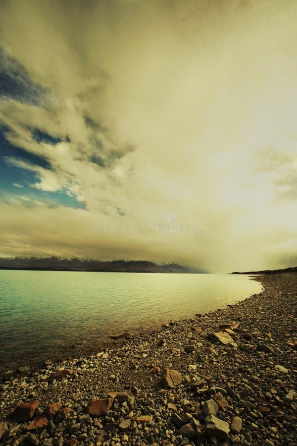 Lago cubierto Tekapo fotos de archivo