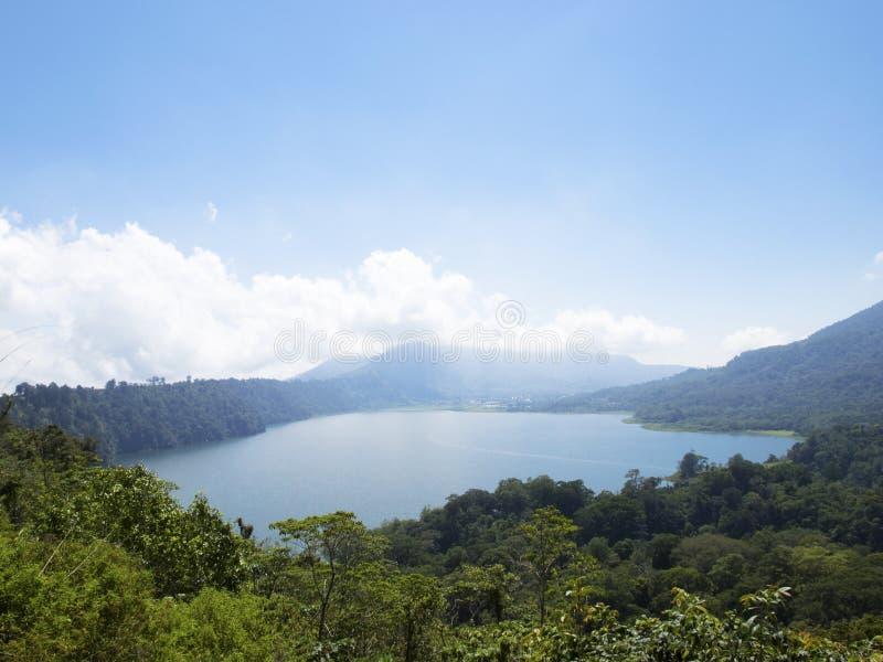 Lago da montanha de Bali foto de stock