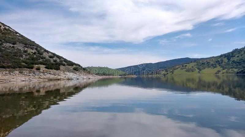 Lago da montanha de Cali fotografia de stock royalty free