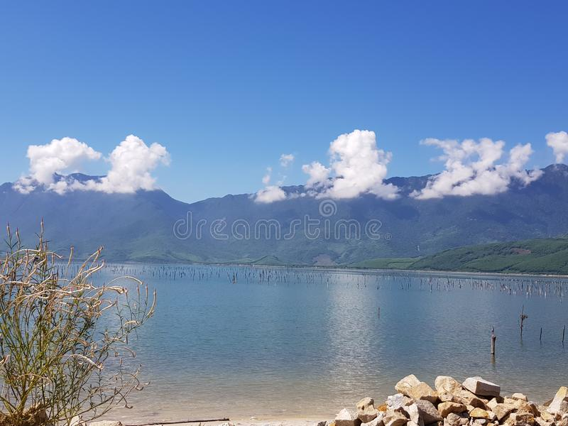 Lago de água doce Vietname foto de stock