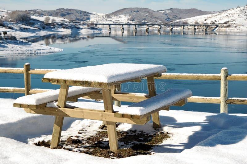 Lago de Campotosto, Abruzos, Italia foto de archivo libre de regalías