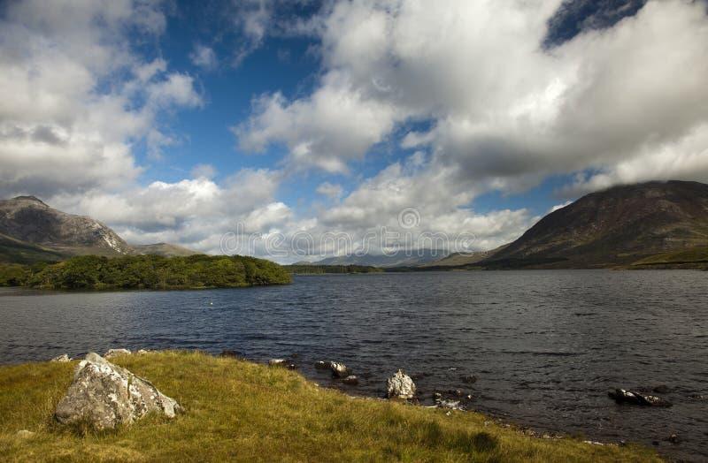 Lago de Derryclare imagen de archivo libre de regalías