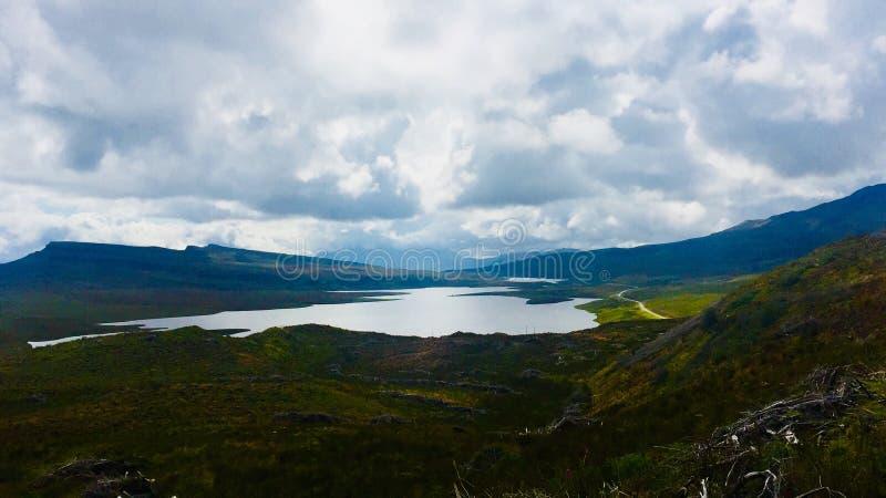 Lago de la isla de Skyeimagenes de archivo