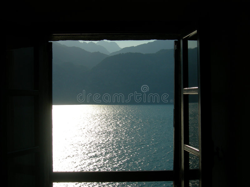 Lago de la ventana imagenes de archivo