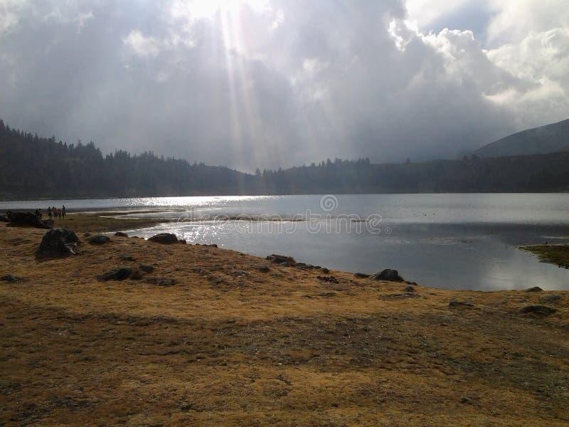Lago de merida do mucubaji de laguna da lagoa fotografia de stock royalty free