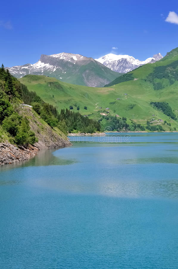 Lago de Roselend foto de archivo