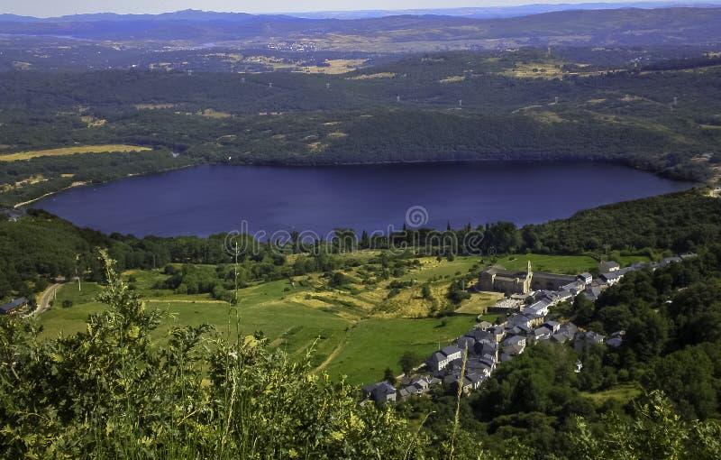 Lago de Sanabria imagem de stock