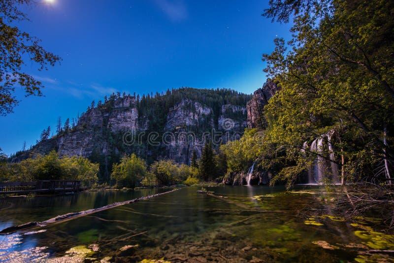 Lago de suspensão na noite foto de stock royalty free