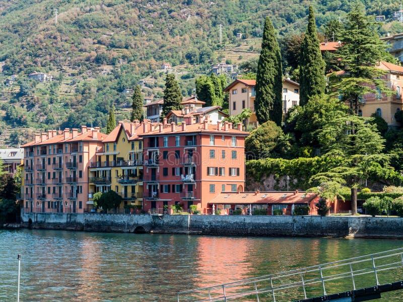 Lago del como de Bellano Italia foto de archivo