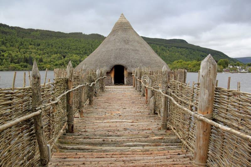 Lago del crannog de la edad de hierro tay fotografía de archivo