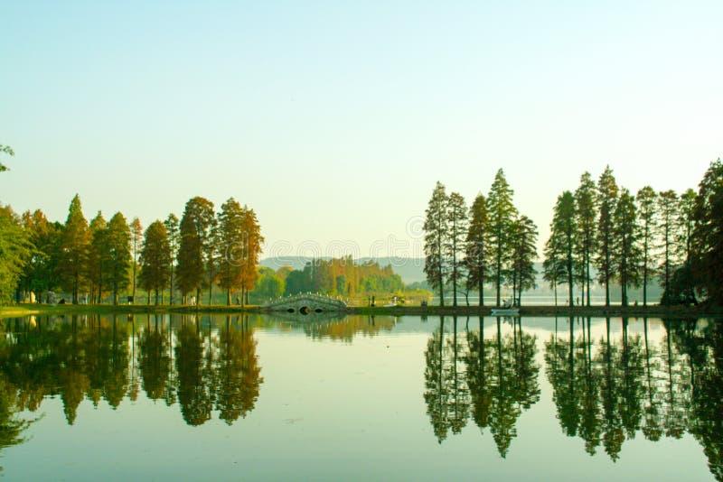 Lago del este Meiyuan, Wuhan, Hubei, China fotografía de archivo libre de regalías