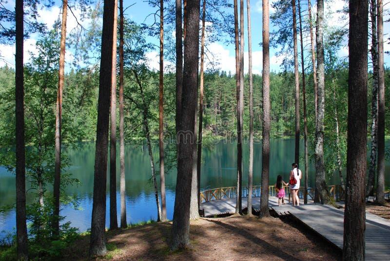 Lago devil, Latvia imagenes de archivo