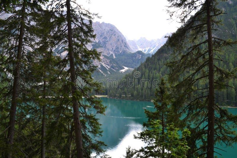 Lago di Braies lizenzfreies stockfoto