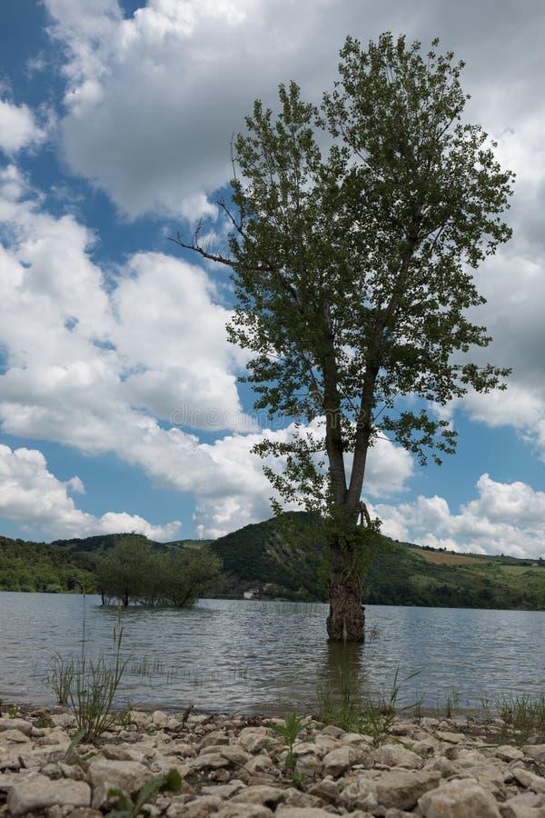 Lago di Casoli Ch Abruzzo Italien stockbilder