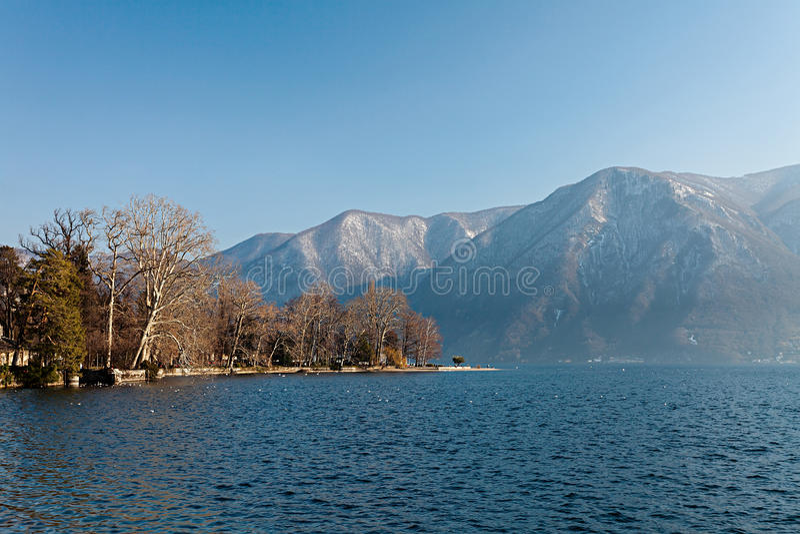 Lago di Lugano fotografia stock