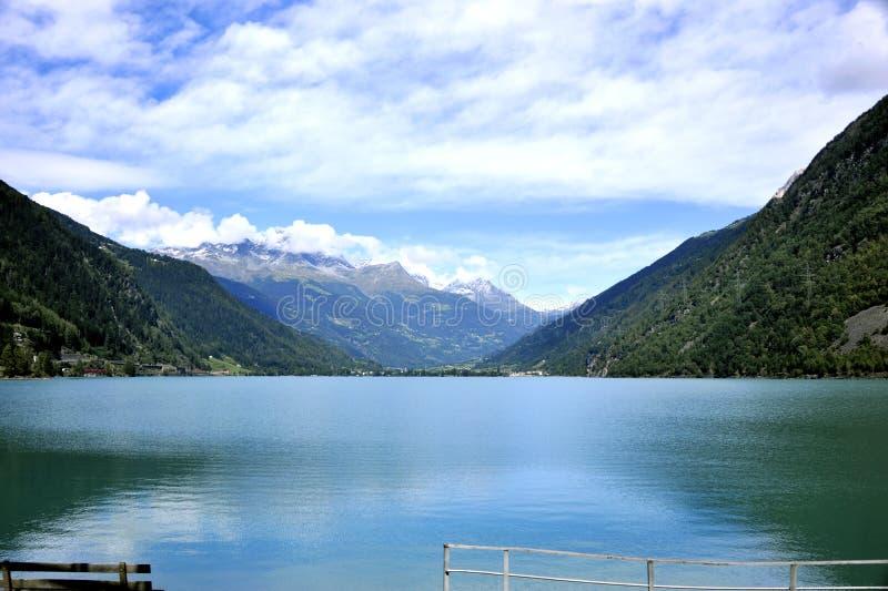 Lago Di Poschiavo fotos de stock
