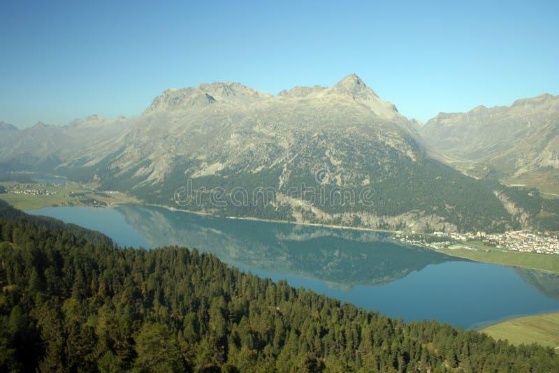 Lago di Silvaplana, Svizzera immagini stock libere da diritti
