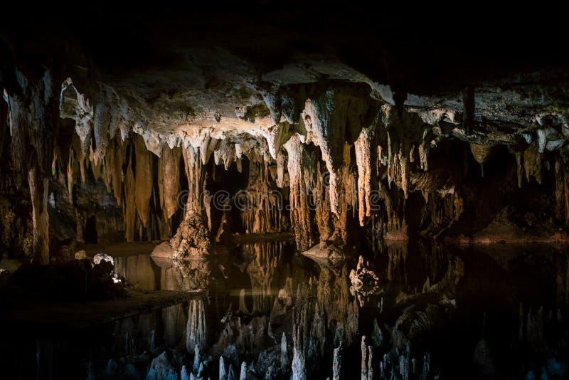 Lago di sogno a Luray Caverns fotografia stock libera da diritti