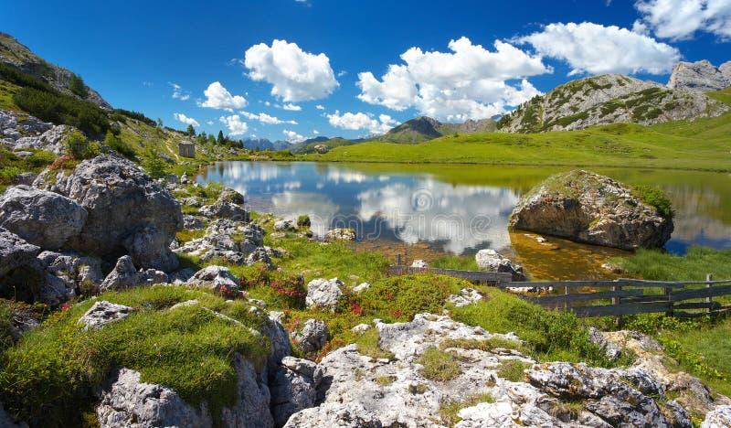 Lago Di Valparola, dolomity, Włochy zdjęcia stock