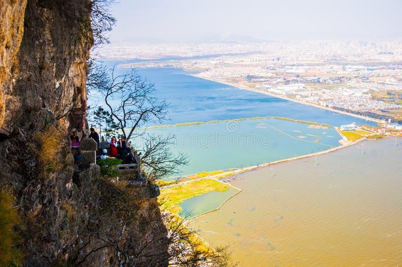 Lago Dianchi na mola imagem de stock