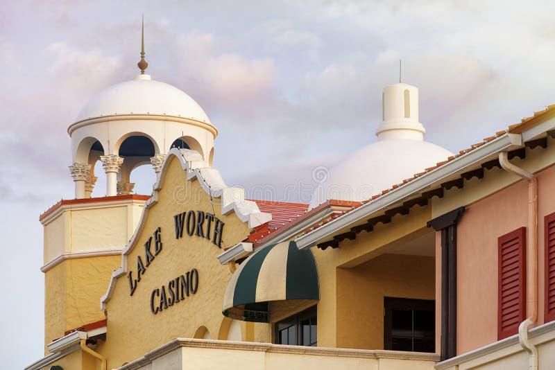 Lago digno de casino imagenes de archivo