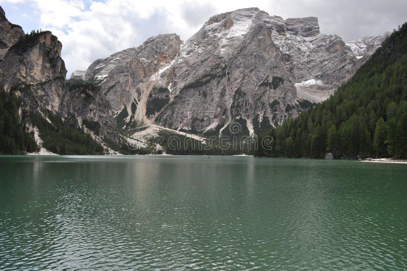 Lago do montain da neve foto de stock royalty free