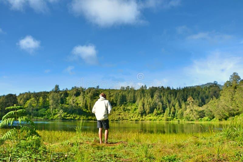 Lago do regulo de Ranu foto de stock royalty free