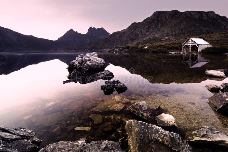Lago dove imágenes de archivo libres de regalías