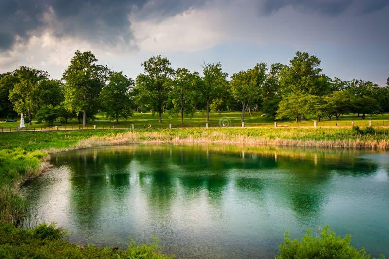 Lago druid, en el parque de la colina del druida en Baltimore, Maryland imagenes de archivo